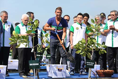 Mangrove Care Forum - Cristiano Ronaldo